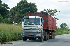 JV-2018-08-02-060 (johnveerkamp) Tags: trucks transport cote divoire ivory coast