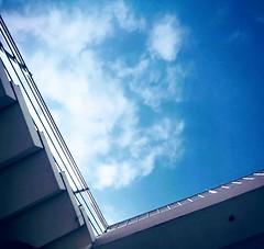 el azul de cielo (jamileth Piñaloza) Tags: naturaleza reflexion pensamiento