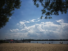 20180725-0002 (df1hx) Tags: deutschland germany hamburg elbe wittenbergen falkensteinerufer strand beach rissen deu