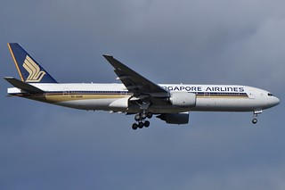 9V-SQM Singapore Airlines Boeing B777-212ER