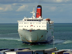 18 08 10 Stena Europe arriving Rosslare (21) (pghcork) Tags: stenaline ferry ferries carferry stenaeurope ireland wexford rosslare ships shipping