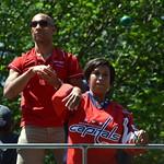 Bowser throws a ball thumbnail