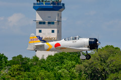 North American Aviation SNJ-6 Texan (Spolar Aviation Photography) Tags: north american aviation snj6 texan mitsubishi navy type zero carrier fighter a6m replica ai118 n9820c snf18 commemorativeairforce tora klal lakelandtower