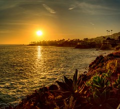The perfect sunset over Laguna Beach (EricMakPhotography) Tags: sunset sun sea beach life beauty tropical gold