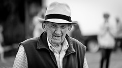 Face life with a smile. (Neil. Moralee) Tags: middevonshow2018neilmoralee neilmoralee man face portrait smile tooth old mature hat wissened wrinkled ancient farmer devon black white bw bandw blackandwhite mono monochrome neil moralee nikon d7200 middevonshow mid show agricultural agriculture grandpa granddad smiling people tiverton