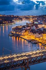 Azul dourado (Gi Cristóvão) Tags: porto portugal anoitecer bluehour eyeem oporto pontedaarrábida ponteluisi ribeira riodouro shutterstock sunset
