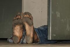 dirty city feet 604 (dirtyfeet6811) Tags: feet soles barefoot dirtyfeet dirtysoles cityfeet blacksoles