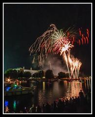 Fireworks 11 (veggiesosage) Tags: fireworks aficionados sigma1020mmf456dc riversidefestival rivertrent night gx20 nottingham nottinghamshire