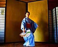 The Dance Continues.... (musicmuse_ca) Tags: portrait santacruz 1025fav 510fav wonder japanese dance interestingness nice fantastic poem 100v10f 2550fav wa kimono matsuri   natsumatsuri taleofthegenji   interestingness107 i500