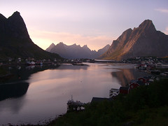 Sunset at Reine, Lofoten islands, Norway (Arkfinder) Tags: light sunset red sea norway islands norge paradise tramonto peace rosa silence pace rosso lofoten norvegia silenzio isole abigfave