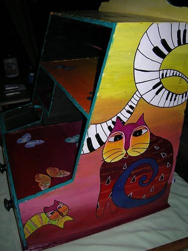 boyanmış ahşap dolap resimleri