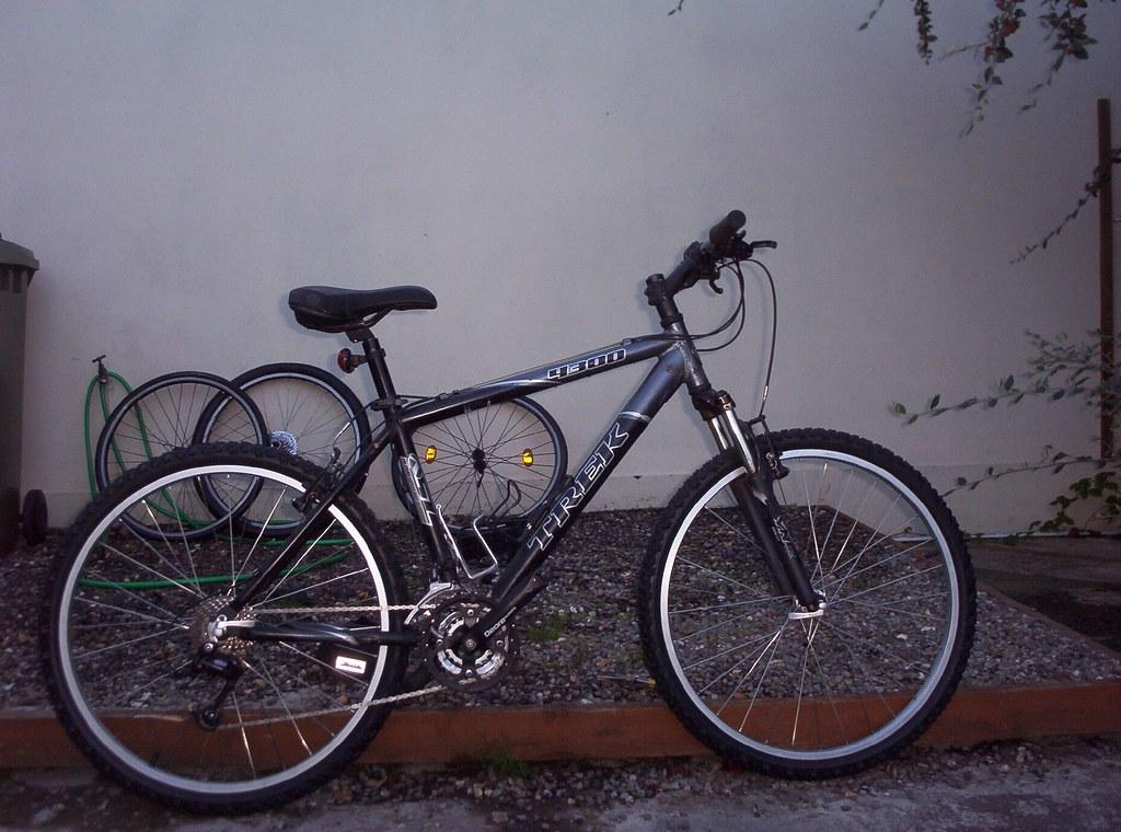 6ee9f43d974 Trek 4300 - Trail setup (Alastair McDermott) Tags: bike bicycle trek mtb  4300