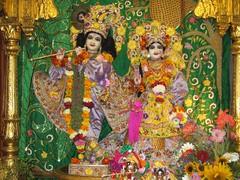 IMG_5838 (Bhaktivedanta Manor Deities) Tags: radhakrishna