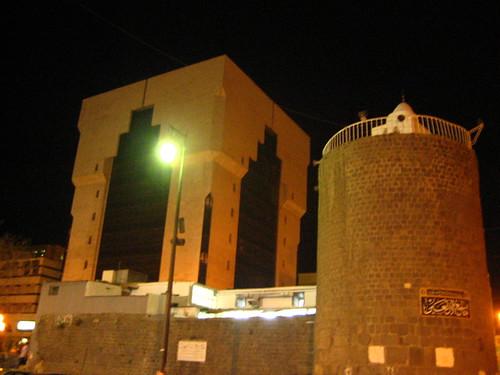 أسوار وأبراج القديمة