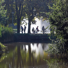 Vondelpark Amsterdam (siebe ) Tags: holland fountain netherlands dutch amsterdam bicycle silhouette scenery x skate vondelpark aplusphoto hollandsiebe amsterdamstock hollandstock