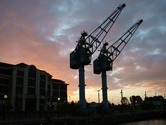 Salford Quays (DSCF2135) (cliffajw) Tags: sunset sky manchester salfordquays cranes offices