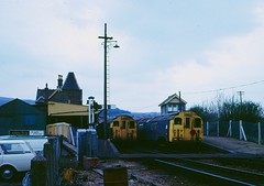 Shanklin station in 1973 (Tom Burnham) Tags: uk isleofwight shanklin railway train station signalbox electric tube 1970s