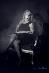 Marlene Dietrich-538-3 (Adriana.Britto) Tags: ensaio retrato portrait foto photo fotografia photography loira blonde blond model mature blackwhite blackandwhite pb pbr pretoebranco people art