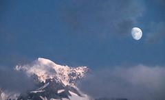 (Alain Bachellier) Tags: montagne chamonix bossons glacier lune aiguille verte