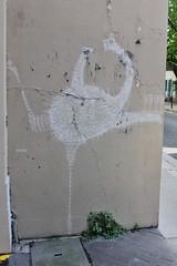 Matt Thieu_6481 rue du Fer à Moulin Paris 05 (meuh1246) Tags: streetart paris mattthieu rueduferàmoulin paris05 animaux oiseau autruche