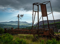 Blondins, Pen yr Orsedd (Rogpow) Tags: nantlle penyrorseddquarry slatequarry wales yfron blondin ropeway aerialropeway mast machinery scheduledancientmonument snowdonia northwales tower cableway quarry slate rust rusty rusting fujifilm fuji fujixpro2 industrialhistory industrialarchaeology industrial industry abandoned derelict decay disused dilapidated ruin