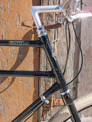 FrontHalf-Side_8314 (Hoopdriver) Tags: hoopdriverbicycles custombuild pashley guvnor guidonnetlevers sturmeyarcher veloorange surly surlyflask brookschallengebag brooksb17 doubletoptube