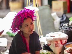 Rostros para un mercado (Nebelkuss) Tags: myanmar lagoinle nyaungshwe birmania burma inlelake lago lake inle rostro face retratos portrait mercado market fujixt1 canonfd55f12