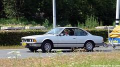 BMW E24 628 CSi 1981 (XBXG) Tags: hzrn40 bmw e24 628 csi 1981 bmwe24 coupé coupe n203 provincialeweg koog aan de zaan nederland holland netherlands paysbas youngtimer vintage old german classic car auto automobile voiture ancienne allemande germany deutsch duits deutschland vehicle outdoor