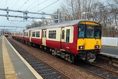 SPRINGBURN 130215 318269 (SIMON A W BEESTON) Tags: springburn scotrail 318269 2v53