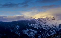 The Pass (Wind On The Peaks II) (Q20a) (Darblanc ( http://darblanc.com )) Tags: alpes art photo clouds colours daytime mercantour mist panorama provence snow sunrise sunset valberg winter montagne paysage ciel neige france coloursshapesandmoods alpesmaritimes artphoto