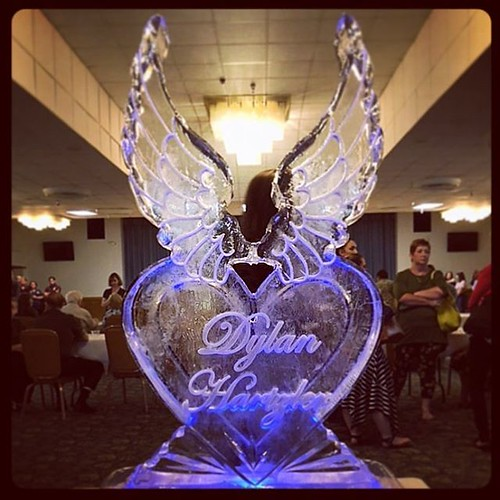Remembering #DylanHartzler today at #lacklandafb #fullspectrumice #custom #thinkoutsidetheblocks #brrriliant - Full Spectrum Ice Sculpture