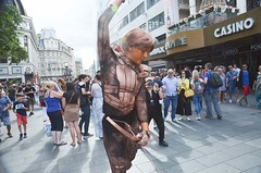 street deals ,performers passer by (philip robins) Tags: picadilly streetperfrmers thatsyathatsya livingstatues jedi starwarshenpartycostumestime bandito acrobats bronzed cupid