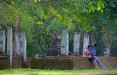 In love (MelindaChan ^..^) Tags: srilanka 斯里蘭卡 polonnaruwa heritage history ruin chanmelmel mel melinda melindachan life