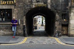 Old Tolbooth Wynd, Edinburgh (p.mathias) Tags: road edinburgh wynd royalmile scotland tavern history street lane scottish unitedkingdom uk europe arch architecture sony a5100