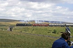 60s steam 11-08-68 70013 at Ribblehead Viaduct. (dubdee) Tags: ribbleheadviaduct 15guineaspecial 1t57 br standard 462 britannia 70013 olivercromwell