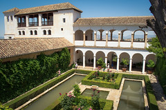 <----> (JDWCurtis) Tags: generalife alhambra granada spain espana andalusia reflection reflections arch arches building history historical historicalbuilding white walls water pond decorative europe lines plant hedge hedges flowers peace