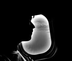 Domingo de siluetas. (Sebastian.Berto) Tags: blancoynegro buenosaires blackandwhite black plane perfil selfie d3400 nikon nikond3400 avion cielo nubes sky