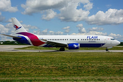 C-FLHE (Flair Airlines) (Steelhead 2010) Tags: flairair boeing b737 b737400 yhm creg cflhe