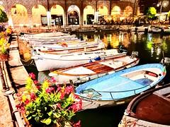 Desenzano del Garda (Battalo) Tags: holiday brescia lombardia barche barca italy italia gardalake