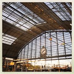 New day... (NUMERIK33) Tags: gare sncf bordeaux explore