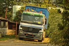 Mercedes-Benz Actros MP2 E5 4441 Dagcabin - LTC Containers BVBA Heusden-Zolder, België (Celik Pictures) Tags: belgië belgium belgique belgiën beverlo beverlodorp spottedinbeverloo seeninbeverlo parked geparkeerdvoertuigen vehiclesparked trucks vrachtwagens lkw lorry tir kamyon mercedesbenz daimler ag ltc containers bvba heusdenzolder