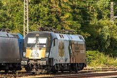03_2018_08_04_Wanne-Eickel_Üwf_6185_529_ATLU_ES_64_U2_-_023_6182_523_DISPO (ruhrpott.sprinter) Tags: ruhrpott sprinter deutschland germany allmangne nrw ruhrgebiet gelsenkirchen lokomotive locomotives eisenbahn railroad rail zug train reisezug passenger güter cargo freight fret herne wanne eickel wanneeickel üwf atlu vectron siemens 6182 6185 6193 es 64 u2 es64u2 mrcedispo mrcedispolok mrce dispo stellwerk stellwerküwf txl txlogistik kaiser franz outdoor logo natur werbung