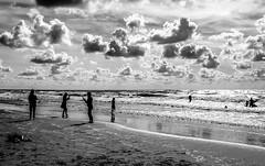 20180811_170527-2 (durr-architect) Tags: north sea beach castricum zee sand water kids cloud sky light monochrome
