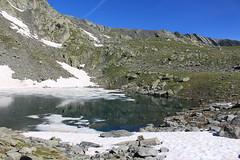 Gouille du Dragon 2618 mètres (bulbocode909) Tags: valais suisse bourgstpierre valdentremont gouilledudragon lacs montagnes nature glace neige paysages rochers vert bleu