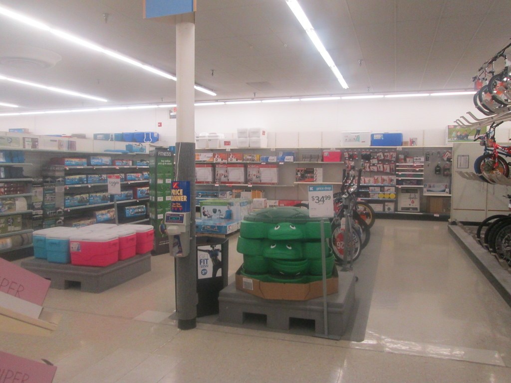 The worlds best photos of 2017 and eastliverpool flickr hive mind sporting goods random retail tags kmart store retail 2017 eastliverpool oh gumiabroncs Choice Image