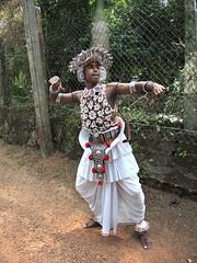 Wedding dance (MelindaChan ^..^) Tags: srilanka 斯里蘭卡 people life culture chanmelmel mel melinda melindachan tradition wedding dance