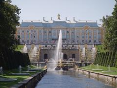 Peterhof - Palace, Grand Cascade (fb81) Tags: russia saintpetersburg peterhof palace grand cascade water samson lion jet fountain gold garden unesco world heritage site