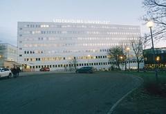 A-huset med SU-skylten (Linzen004) Tags: stockholmsuniversitet