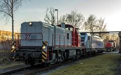 03_2018_03_14_Dortmund_Westfalenhütte_DE_CAPTRAIN_3295_960_DE_6187_076_RHC_1271_003_ATLU (ruhrpott.sprinter) Tags: ruhrpott sprinter deutschland germany allmangne nrw ruhrgebiet gelsenkirchen lokomotive locomotives eisenbahn railroad rail zug train reisezug passenger güter cargo freight fret dortmund westfalenhütte dortmundereisenbahn captrain atlu cdt de rhc hectorrail 0112 1271 1272 6187 3295 tankstelle abstelung outdoor logo natur werbung