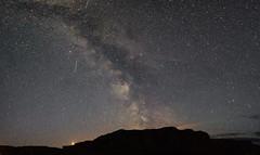 Mars and the Milky Way over Beinn Sgoltaire. (gazman37424) Tags: colonsay uragaig milkyway